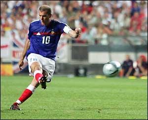 Zidane...1-1 én 2-1!