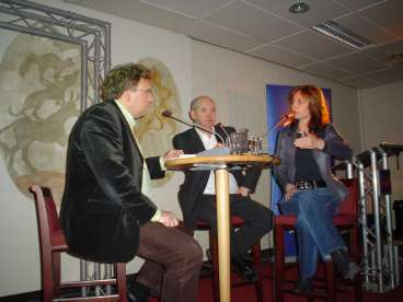 Agnes deed mee in het debat in Ede.
