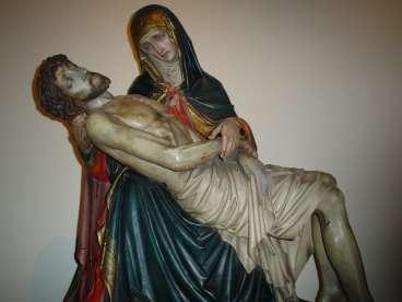Kortrijk, de OLV-kerk waar Guido Gezelle eens de onderpastoor was