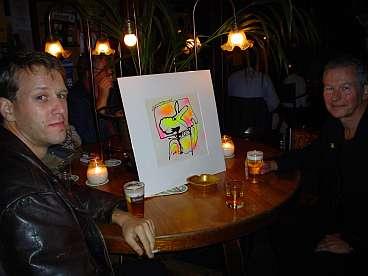 Yorick en Hans met het aandenken van Katja: 'een waakhond' van Erik Zwezerijnen